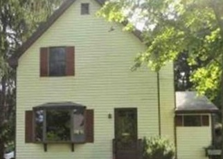 Foreclosed Home in Taunton 02780 FAIRVIEW AVE - Property ID: 4369638698