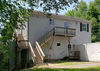Foreclosed Home in Rochdale 01542 PLEASANT ST - Property ID: 4369730675
