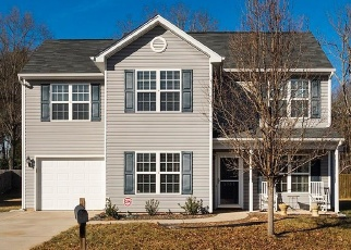 Foreclosed Home in Greensboro 27405 MOONLIGHT LN - Property ID: 4369951407