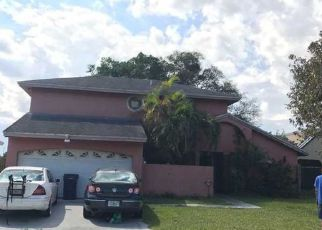 Foreclosed Home in Miami 33177 SW 124TH PL - Property ID: 4370234784