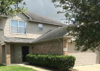 Foreclosed Home in Houston 77047 NICHOLE WOODS DR - Property ID: 4370673181