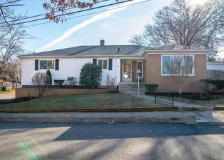 Foreclosed Home in Pawtucket 02860 FOWLER AVE - Property ID: 4370709541