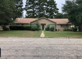 Foreclosed Home in Marshall 75672 PINEWOOD DR - Property ID: 4370741965