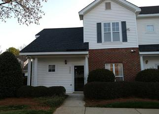 Foreclosed Home in Charlotte 28269 MALLARD VIEW LN - Property ID: 4370770866