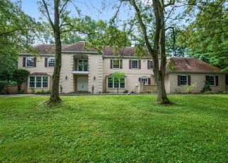 Foreclosed Home in Haverford 19041 QUAKER LN - Property ID: 4370835687