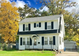 Foreclosed Home in Toledo 43614 S BYRNE RD - Property ID: 4370864134