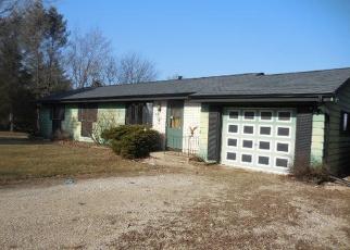 Foreclosed Home in Mukwonago 53149 HORSESHOE CT - Property ID: 4370920203