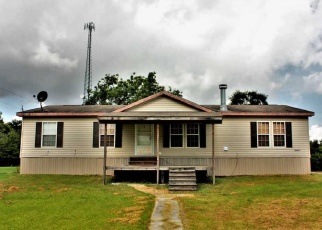 Foreclosed Home in Beaumont 77705 HILLEBRANDT RD - Property ID: 4371136566