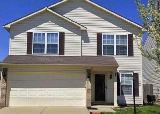 Foreclosed Home in Indianapolis 46235 SMOOTHBARK DR - Property ID: 4371274527