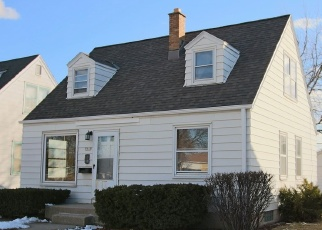 Foreclosed Home in Milwaukee 53222 W LISBON AVE - Property ID: 4371381834