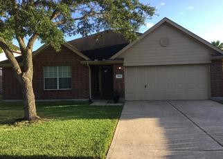 Foreclosed Home in Pearland 77584 LOCKHART DR - Property ID: 4371426953