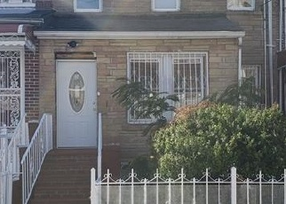 Foreclosed Home in Bronx 10469 E 221ST ST - Property ID: 4371788718
