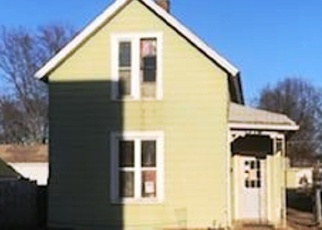 Foreclosed Home in Davenport 52804 WASHINGTON LN - Property ID: 4371914405