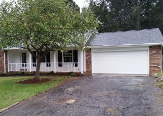 Foreclosed Home in Newburgh 47630 TREELANE DR - Property ID: 4371917470