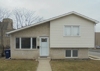 Foreclosed Home in Evergreen Park 60805 S ARTESIAN AVE - Property ID: 4371944185