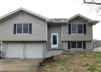 Foreclosed Home in Liberty 64068 RICHFIELD CT - Property ID: 4371978794