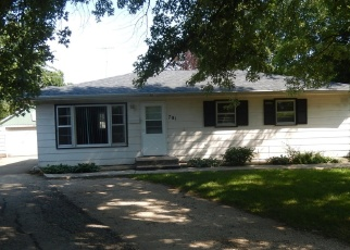 Foreclosed Home in Plano 60545 W CHARLES ST - Property ID: 4372021269