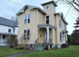 Foreclosed Home in Oneida 13421 SENECA ST - Property ID: 4372072514