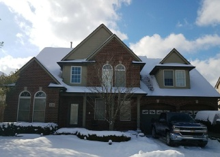 Foreclosed Home in Macomb 48044 GENTRY DR - Property ID: 4372100996