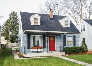 Foreclosed Home in Milwaukee 53222 N 90TH ST - Property ID: 4372182446