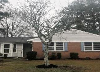 Foreclosed Home in Fayetteville 28301 BARTOW DR - Property ID: 4372226237