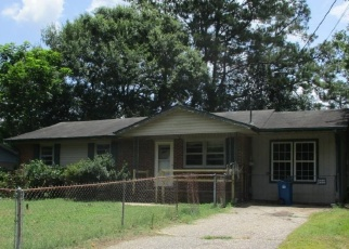 Foreclosed Home in Fayetteville 28304 FRIAR AVE - Property ID: 4372253843
