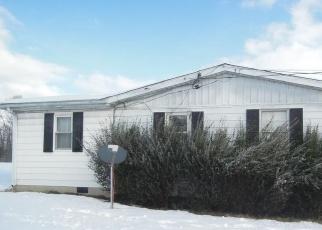 Foreclosed Home in Kearneysville 25430 CEDAR DR - Property ID: 4372391810