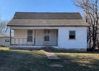 Foreclosed Home in Custer City 73639 S ELM ST - Property ID: 4372506551