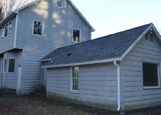 Foreclosed Home in Sandy Hook 06482 CHESTNUT HILL RD - Property ID: 4372531512