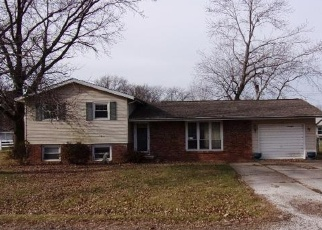 Foreclosed Home in Olney 62450 EVERGREEN DR - Property ID: 4372743944