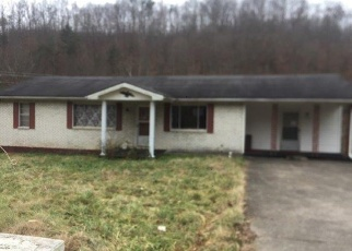 Foreclosed Home in Manchester 40962 N HIGHWAY 421 - Property ID: 4372773267