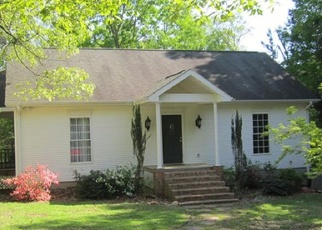 Foreclosed Home in Hartwell 30643 JOY LN - Property ID: 4372907740