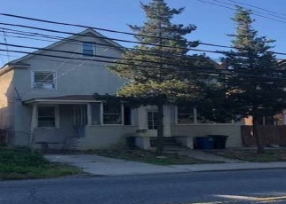 Foreclosed Home in Staten Island 10306 ROCKLAND AVE - Property ID: 4373224385