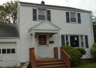 Foreclosed Home in Stratford 06614 CANAAN RD - Property ID: 4373235777
