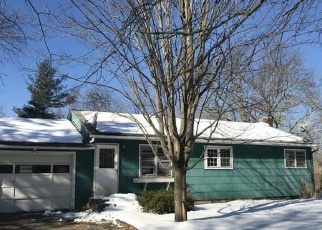Foreclosed Home in Saugerties 12477 GEORGE SAILE RD - Property ID: 4373244988