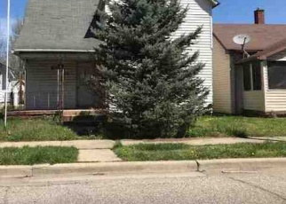 Foreclosed Home in Terre Haute 47804 MAPLE AVE - Property ID: 4373295332