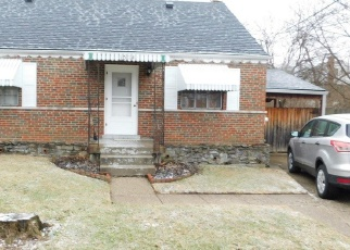 Foreclosed Home in Cincinnati 45231 COLLEGEWOOD LN - Property ID: 4373299270