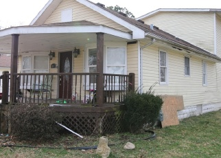 Foreclosed Home in Louisville 40216 SAINT DENNIS AVE - Property ID: 4373316358