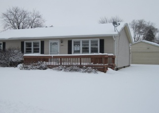 Foreclosed Home in Beloit 53511 PIONEER DR - Property ID: 4373565123