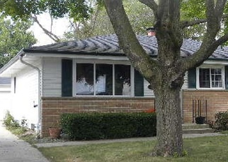 Foreclosed Home in Racine 53405 KENTUCKY ST - Property ID: 4373568185