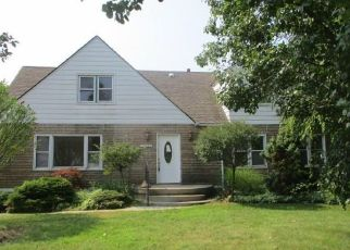 Foreclosed Home in Garden City 48135 PARDO ST - Property ID: 4373605420