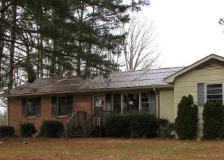 Foreclosed Home in Clarksville 23927 MOUNT ARARAT RD - Property ID: 4373657994