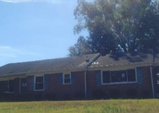 Foreclosed Home in Emporia 23847 E ATLANTIC ST - Property ID: 4373666300