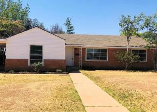 Foreclosed Home in Brownfield 79316 E OAK ST - Property ID: 4373781940