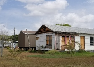 Foreclosed Home in Jourdanton 78026 MAGNOLIA ST - Property ID: 4373834484