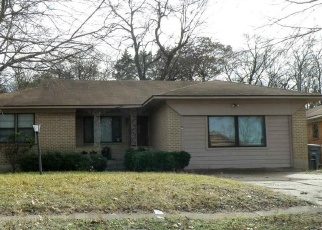 Foreclosed Home in Dallas 75216 CALYX CIR - Property ID: 4373846757