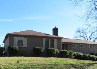 Foreclosed Home in Chattanooga 37412 WYNNWOOD RD - Property ID: 4373858123