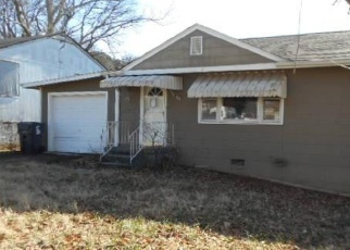 Foreclosed Home in Knoxville 37920 COFFMAN DR - Property ID: 4373880922