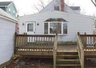 Foreclosed Home in Dumont 07628 SEMINOLE AVE - Property ID: 4373915962