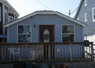Foreclosed Home in Far Rockaway 11693 W 12TH RD - Property ID: 4374042973